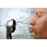 水シャワーって疲労回復に効果あり?血行促進して健康体質へ!